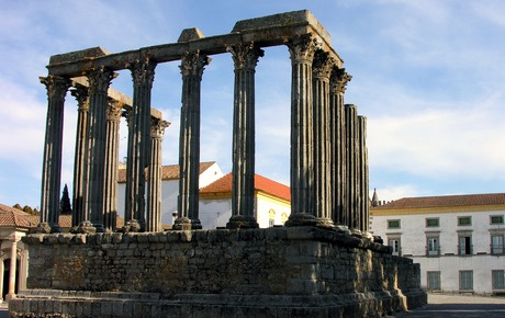 Évora gets more tourism